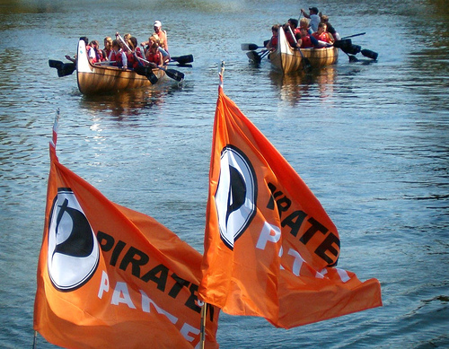 Piratenpartei auf dem Main, licensed under CC from mainpiraten